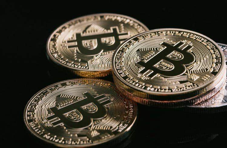 Após queda do Bitcoin, endereços no lucro caíram de 82% para 70%